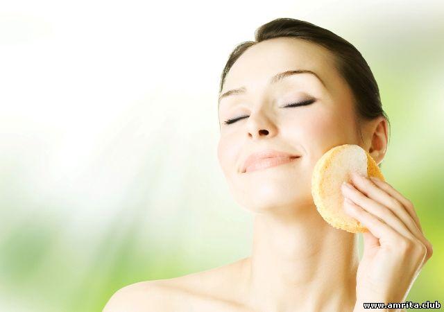 Як доглядати за шкірою влітку  6628f00937d55