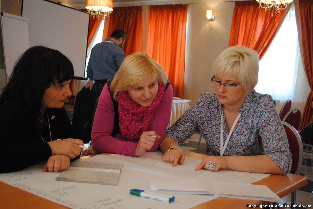 Керуючі СП і VIP-Лідери вчилися будувати команду і планувати свою роботу