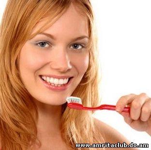 Все для гарної посмішки: догляд за зубами